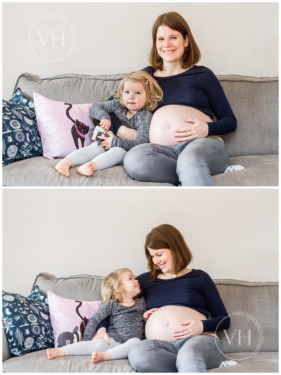 Familienfoto_Braunschweig_hannover_Wolfsburg_Babybauch_Schwanger_Homestory_MutterKind_Schwangerschaftskleid_Fotoshooting_02