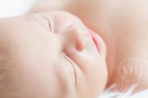 Neugeborenenfoto_Newborn_Baby_Braunschweig_Wolfenbüttel_Fotoshooting_Fotografin