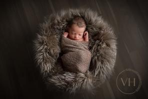 Newbornfotos_Neugeborenenfotos_Fotostudio_babyfotos_Braunschweig_Peine